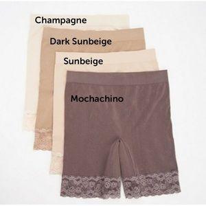 Breezies~(4)~Seamless Long Leg Panties w/ Lace